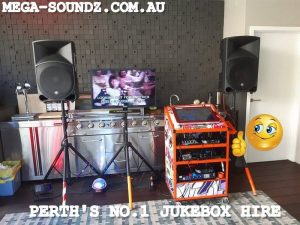 KARAOKE SETUP TODAY IN MOSMAN PARK FOR MUM DAD AND THE 3 KIDS