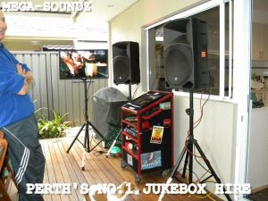 https://www.mega-soundz.com.au/2018/05/touch-screen-karaoke-jukebox-hire-perthno-laptops-here/